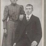Handelsman Arvid Olsson 1884-1936 i Vidsel och hans hustru Anna Sten 1891-1976. Arvid var en av få som köpte upp renar för försäljning under den tid då efterfrågan på renkött var minimal.