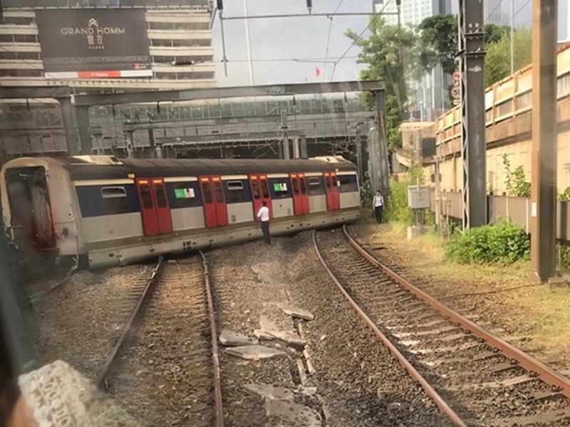 港鐵紅磡站有列車出軌 列車服務受阻