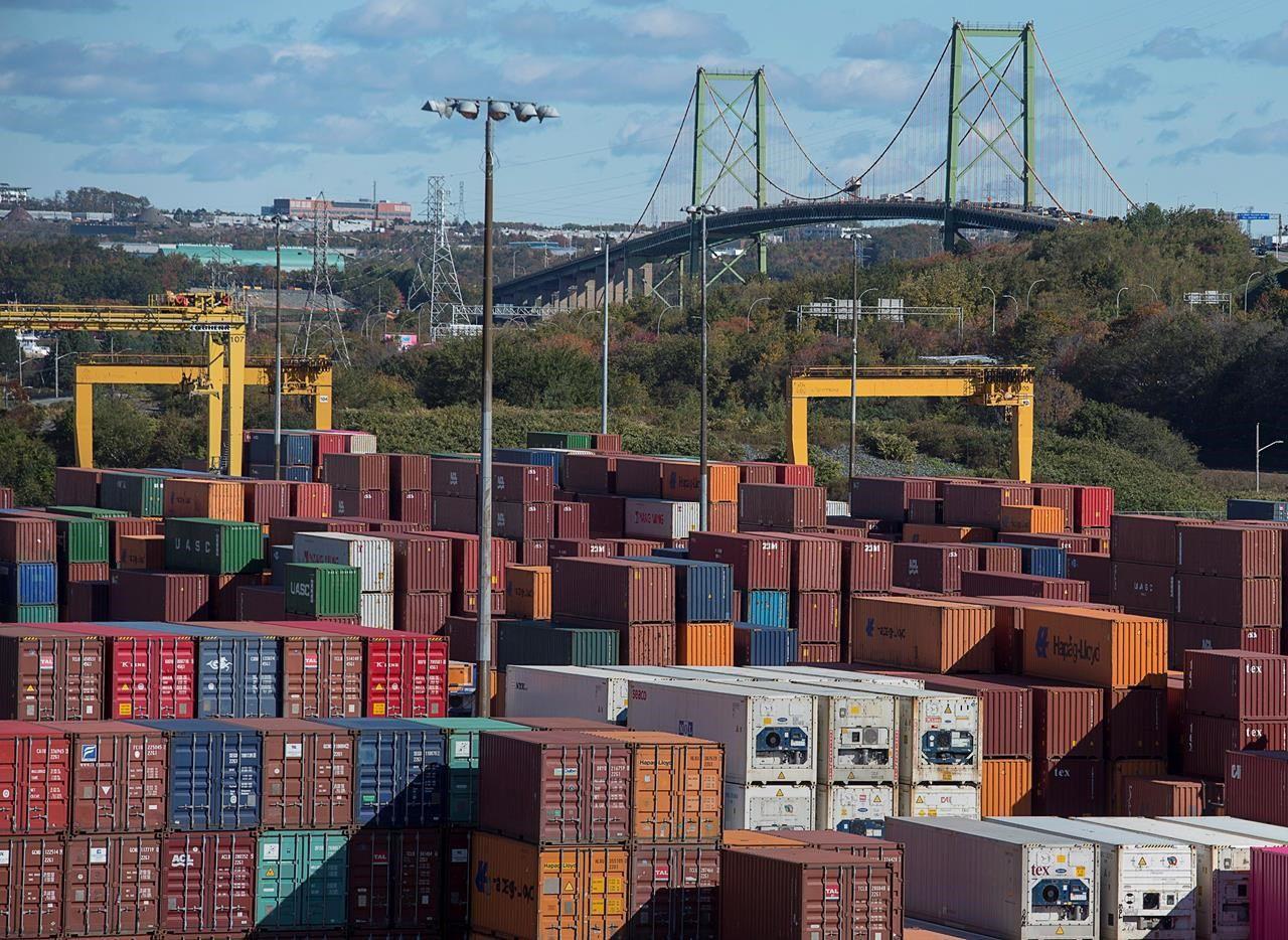 進出口額雙跌 本國8月貿易赤字縮窄 | 多倫多 | 加拿大中文新聞網 - 加拿大星島日報 Canada Chinese News