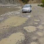 Ganska vanlig vägstandard i Albanien