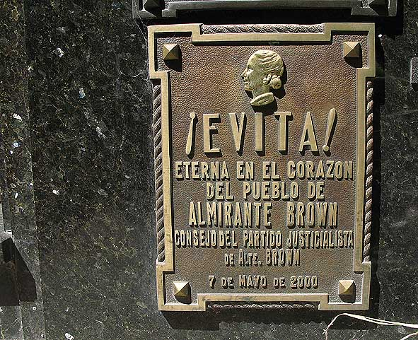 Evita Persons grav. Buenos Aires