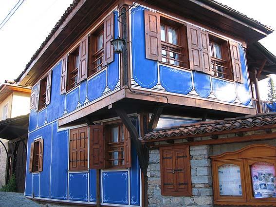 Hus i byn Koprivshtitsa