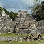 Acropolis del Norte. Tikal