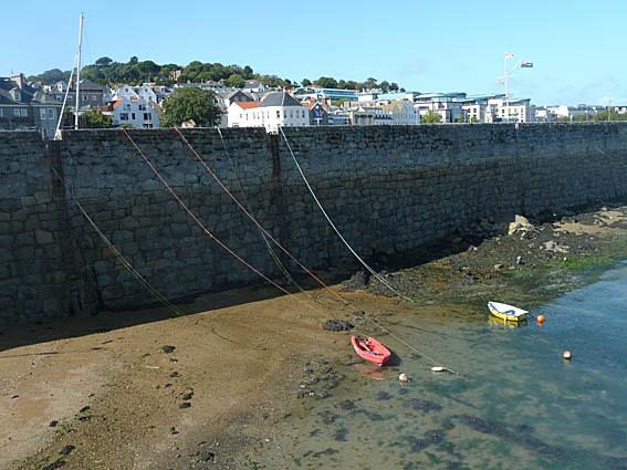 Ebb. St Peter Port