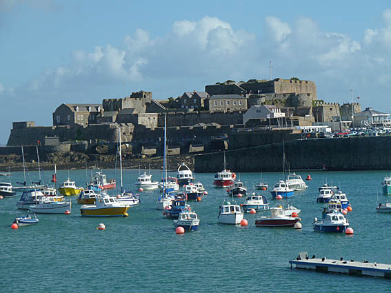 guernsey-st-peter-port_16