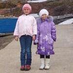 Två ryska flickor. Barentsburg