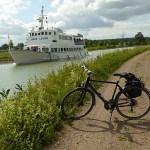 Cykling längs Göta Kanal Motala till Mem