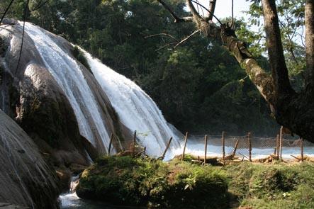Vattenfall vid Aguas Azul
