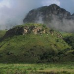 Morgon i Drakensberg Mountains (U)