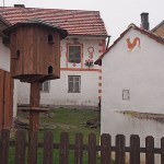 Byn Holasovice. (U)