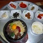 Bimibap med 8 förrätter. Gyeongju