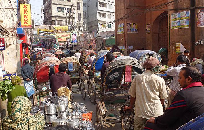 Typisk gatubild. Dhaka