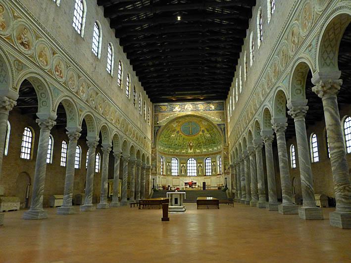 Classe. Basilica di S. Apollinare. Italien (U)