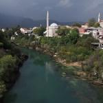 Vy från gamla bron. Mostar (U)