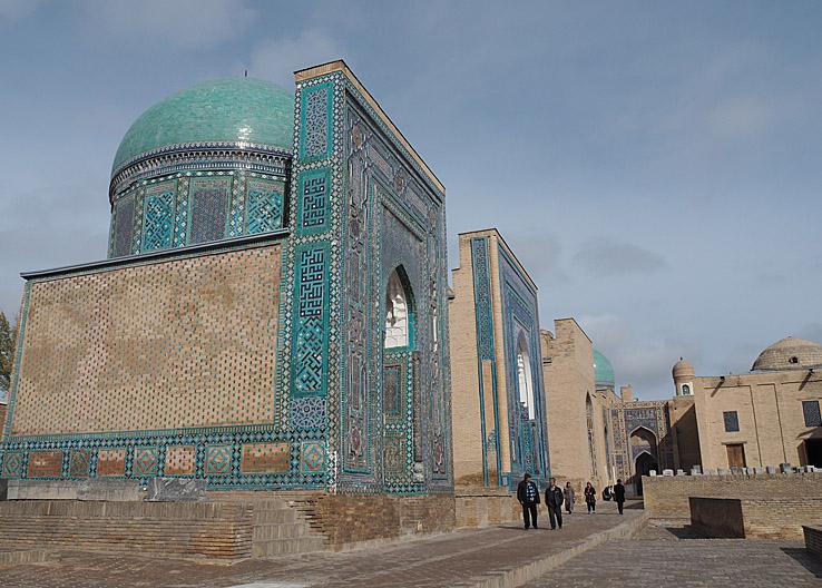 Shahi-Zinda necropolis. Samarkand (U)