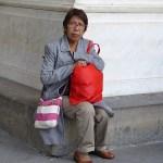 Kvinna med röd väska. Florens