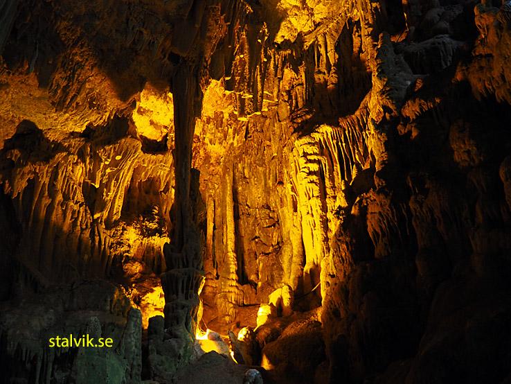 Grottorna. Castellana
