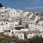 Vy över staden Monte Sant´ Angelo