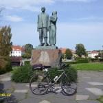 Fridafors - Karlshamn. Utvandrarmonumentet. Karlshamn