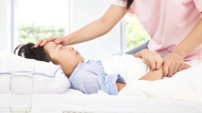 Ilustrasi anak sakit. (Shutterstock)