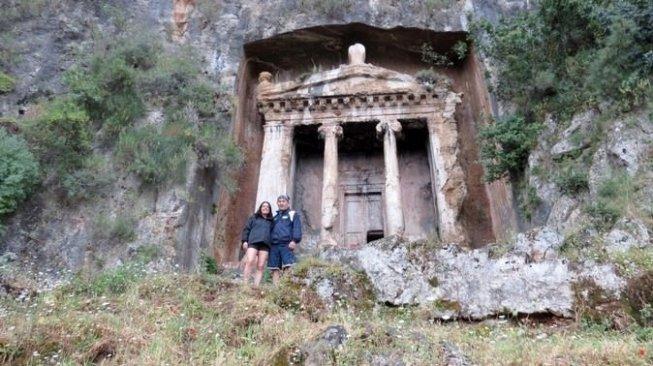 Kota hantu di Kayakoy, Turki. (Wonderlist)