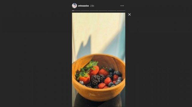 Anissa Aziza konsumsi 3 jenis buah berry saat menyusui (Instagram/@anissaaziza)