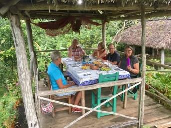 Middag med utsikt i Soroa