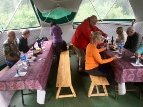 Lunch i tält