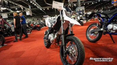 Yamaha WR125x Frontvy.