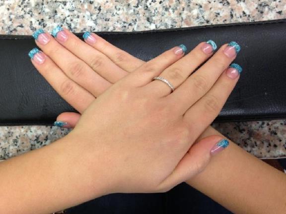 Gelous Nails
