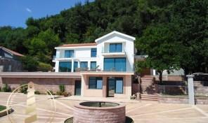 Vile Herceg Novi – luksuzna vila sa bazenom