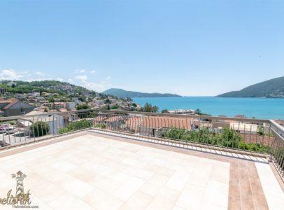 Luksuzan stan sa panoramskim pogledom na more - Igalo, Herceg Novi
