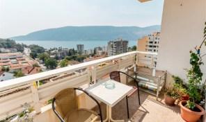 Prodaja – Dupleks stan sa panoramskim pogledom na more, 77m2 – Herceg Novi, Topla II