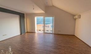 Prodaja – Luksuzan stan sa pogledom na more, 105m2 – Djenovici, Herceg Novi