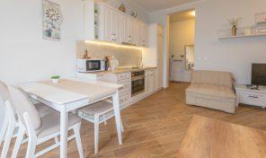 Apartman u luksuznom stambenom kompleksu – Herceg Novi, Topla