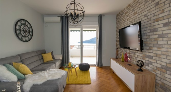 Luxurious one bedroom apartment in new building - Herceg Novi, Topla 2