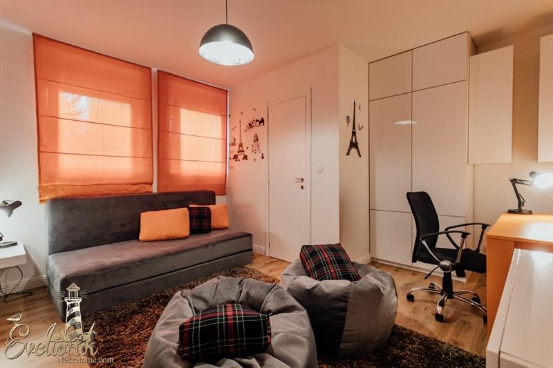 Svetionik Nekretnine real estate property oglasi herceg novi stan apartment for sale s727 5