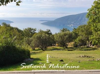Prodaja placeva Herceg Novi Gradjevinsko zemljiste povrsine 2181m2 Trebesin 9