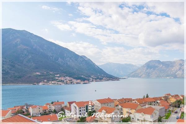 Dobrota, Kotor - Stan u novogradnji sa pogledom na more