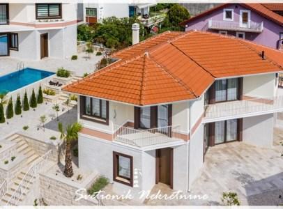 Prodaja kuca vila Tivat - Moderna vila sa bazenom i pogledom na more (3)