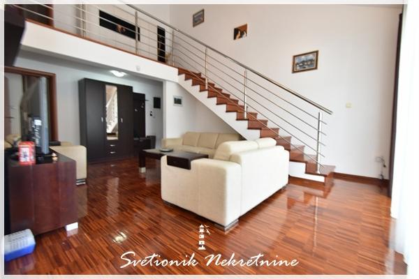 Prodaja stanova Kotor - Fantastican dupleks na obali mora - Stoliv, Kotor