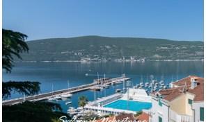 Stan sa panoramskim pogledom u na more – Škver, Herceg Novi