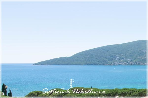 Prodaja stanova Herceg Novi - Luksuzan dvosoban stan sa pogledom na more, Topla 1