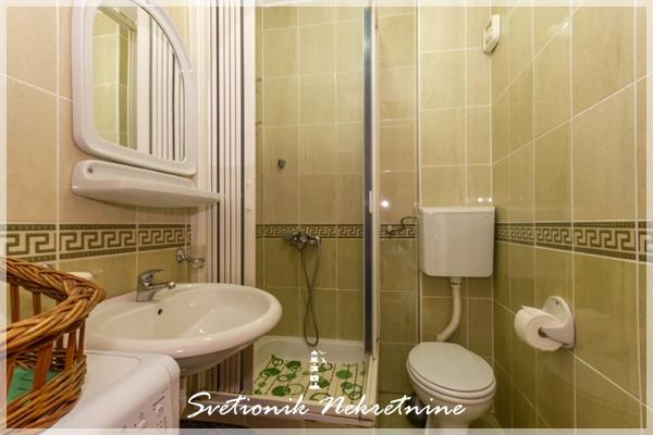 Prodaja stanova Herceg Novi - Namesten i opremljen jednosoban stan u sirem centru Igala