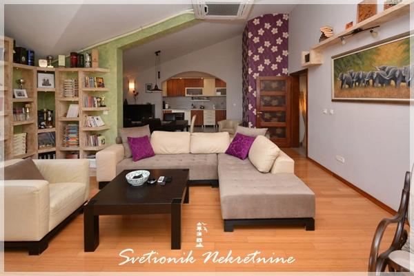 Prodaja stanova Herceg Novi - Luksuzan cetvorosoban stan, Topla 1