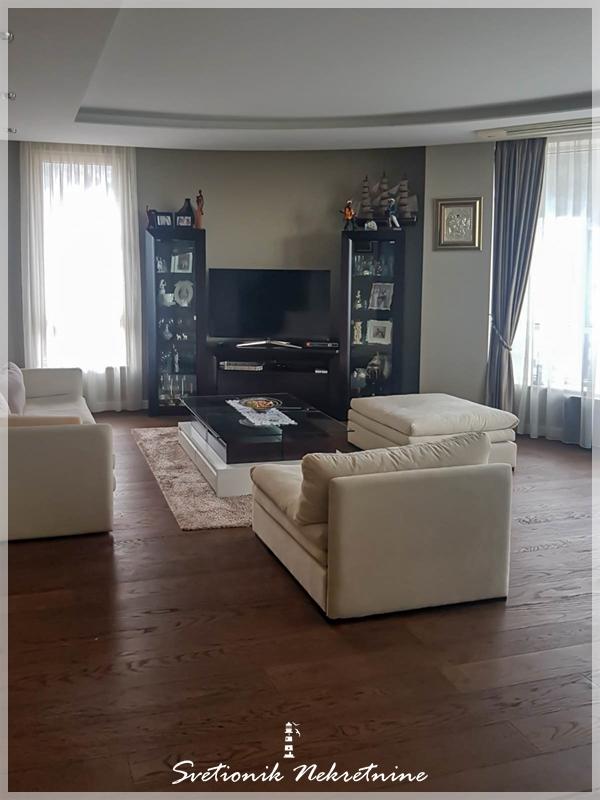 Prodaja stanova Budva - Luksuzan stan u neposrednoj blizini mora, Mediteranska