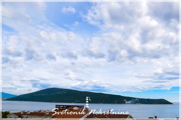 Prodaja stanova Herceg Novi - Stan sa pogledom na more, Savina