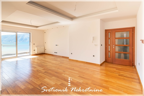 Trosoban stan sa panoramskim pogledom na more, 132m2 - Herceg Novi, Topla 2