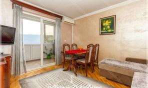 Kompletno renoviran i namesten stan sa pogledom na more – Crveni Krst, Herceg Novi