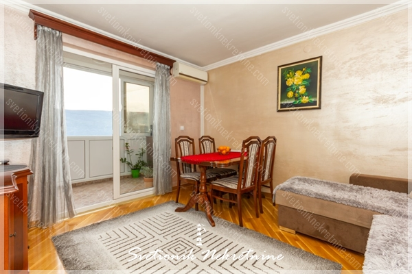 Prodaja stanova Herceg Novi - Kompletno renoviran i namesten stan sa pogledom na more, Crveni Krst